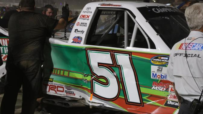 Eldora: Holman fastest in Final Practice as Burton and Sauter tangle