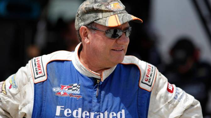 Schrader set for Eldora return